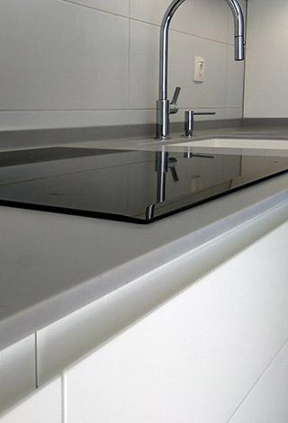 Superficie solida solid surface encimera cocina corian lg hi-macs staron krion avonite diseño gris Trecoam