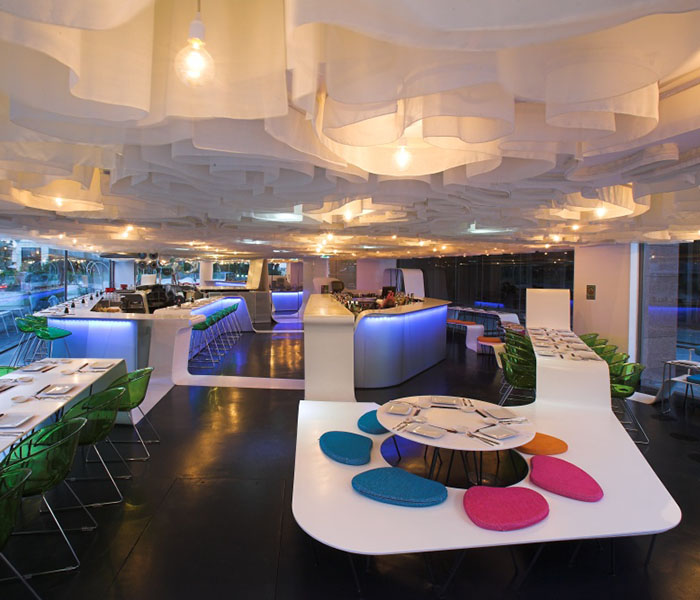 Superficie solida solid surface restaurante hosteleria corian lg hi-macs staron krion avonite redondo diseño Trecoam
