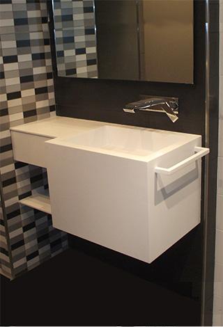 Baños diseño moderno blanco supereficies solidas solid surface corian Trecoam