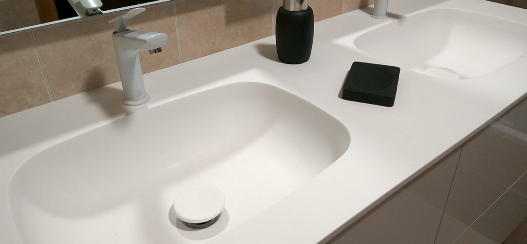 Superficie solida solid surface baño diseño lavabo ovalado corian lg hi-macs staron krion avonite glacier white Trecoam